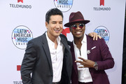 (L-R) Mario Lopez and Ne-Yo attend the 2019 Latin American Music Awards at Dolby Theatre on October 17, 2019 in Hollywood, California.