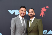 Charly Defrancesco (R) and Marc Jacobs attend the 2019 MTV Video Music Awards at Prudential Center on August 26, 2019 in Newark, New Jersey.