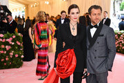 Bee Shaffer and Francesco Carrozzini attend The 2019 Met Gala Celebrating Camp: Notes on Fashion at Metropolitan Museum of Art on May 06, 2019 in New York City.