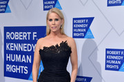 Cheryl Hines attends the 2019 Robert F. Kennedy Human Rights Ripple Of Hope Awards on December 12, 2018 in New York City.