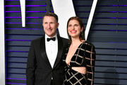 Scott Campbell (L) and Lake Bell attend the 2019 Vanity Fair Oscar Party hosted by Radhika Jones at Wallis Annenberg Center for the Performing Arts on February 24, 2019 in Beverly Hills, California.