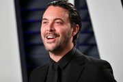 Jack Huston attends the 2019 Vanity Fair Oscar Party hosted by Radhika Jones at Wallis Annenberg Center for the Performing Arts on February 24, 2019 in Beverly Hills, California.