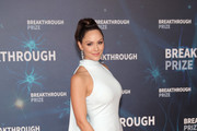Katharine McPhee attends the 2020 Breakthrough Prize Red Carpet at NASA Ames Research Center on November 03, 2019 in Mountain View, California.