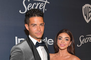 (L-R) Wells Adams and Sarah Hyland attend The 2020 InStyle And Warner Bros. 77th Annual Golden Globe Awards Post-Party at The Beverly Hilton Hotel on January 05, 2020 in Beverly Hills, California.