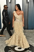 Kanye West and Kim Kardashian attend the 2020 Vanity Fair Oscar Party hosted by Radhika Jones at Wallis Annenberg Center for the Performing Arts on February 09, 2020 in Beverly Hills, California.