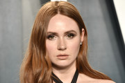 Karen Gillan attends the 2020 Vanity Fair Oscar Party hosted by Radhika Jones at Wallis Annenberg Center for the Performing Arts on February 09, 2020 in Beverly Hills, California.
