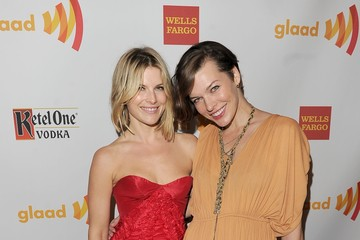 Milla Jovovich Ali Larter 23rd Annual GLAAD Media Awards Presented By Ketel One And Wells Fargo - Backstage