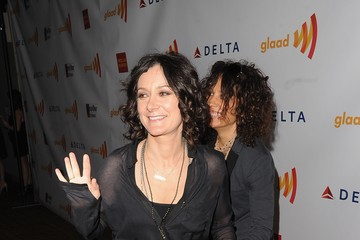 Sara Gilbert Linda Perry 23rd Annual GLAAD Media Awards Presented By Ketel One And Wells Fargo - Red Carpet