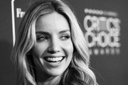 Annabelle Wallis Photos Photo
