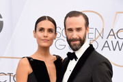 (L-R) Maria Dolores Dieguez and Joseph Fiennes attend the 25th Annual Screen Actors Guild Awards at The Shrine Auditorium on January 27, 2019 in Los Angeles, California. 480645