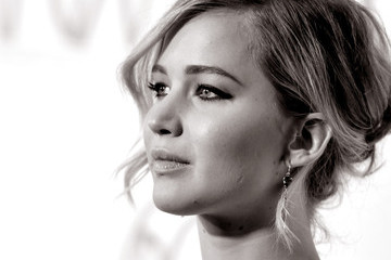 Jennifer Lawrence is Playing the Miracle Mop Lady...Wait, What?