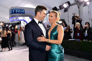 Colin Jost and Scarlett Johansson attend the 26th Annual Screen ActorsGuild Awards at The Shrine Auditorium on January 19, 2020 in Los Angeles, California. 721313