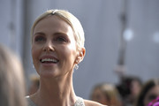 Charlize Theron attends the 26th Annual Screen ActorsGuild Awards at The Shrine Auditorium on January 19, 2020 in Los Angeles, California.