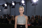 Charlize Theron attends the 26th Annual Screen ActorsGuild Awards at The Shrine Auditorium on January 19, 2020 in Los Angeles, California. 721407