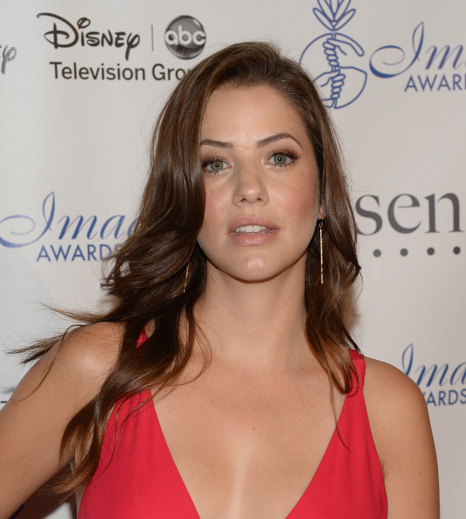 julie gonzalo husband