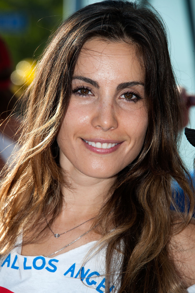 Carly pope 2014