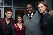 (L-R) Actors Jensen Ackles, Genevieve Padalecki Quinton Aaron and Jared Padalecki pose backstage at the 39th Annual People's Choice Awards at Nokia Theatre L.A. Live on January 9, 2013 in Los Angeles, California.