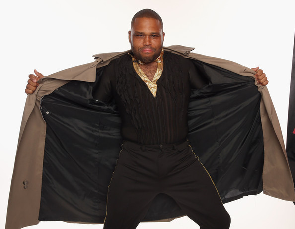 Actor Anthony Anderson poses for a portrait during the 39th Annual People's Choice Awards at Nokia Theatre L.A. Live on January 9, 2013 in Los Angeles, California.