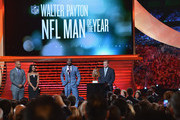 Chicago Bears cornerback Charles Tillman (C) wins the Walter Payton NFL Man of the Year at the 3rd Annual NFL Honors at Radio City Music Hall on February 1, 2014 in New York City.