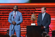 Chicago Bears cornerback Charles Tillman (L) wins the Walter Payton NFL Man of the Year at the 3rd Annual NFL Honors at Radio City Music Hall on February 1, 2014 in New York City.