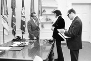 380450 17: President Richard Nixon meets with Elvis Presley December 21, 1970 at the White House.