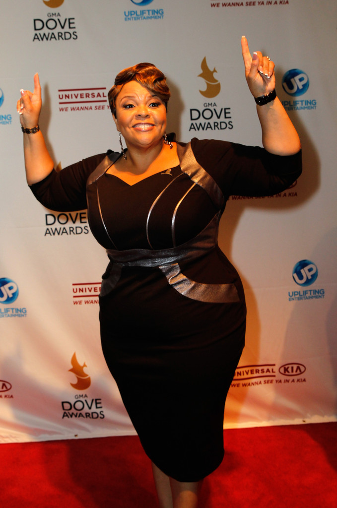 Tamela Mann Photos - Arrivals at the GMA Dove Awards - Zimbio