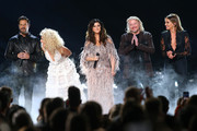(FOR EDITORIAL USE ONLY) (L-R) Jimi Westbrook, Kimberly Schlapman, Karen Fairchild, Phillip Sweet of Little Big Town and Carly Pearce perform onstage during the 53rd annual CMA Awards at the Bridgestone Arena on November 13, 2019 in Nashville, Tennessee.