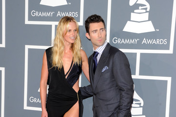 Adam Levine Anne V The 54th Annual GRAMMY Awards - Arrivals
