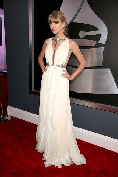 Grammy Awards Best Dressed: Taylor Swift Wears Plunging White Gown ...