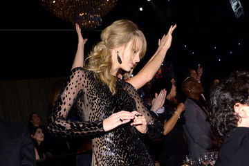 Proof: Taylor Swift Got Crazier Than Miley While Pre-Gaming the Grammys
