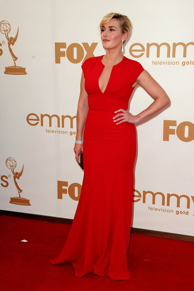 Actress Kate Winslet arrives at the 63rd Annual Primetime Emmy Awards held at Nokia Theatre L.A. LIVE on September 18, 2011 in Los Angeles, California.