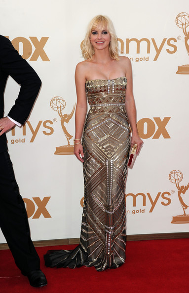 Actress Anna Faris arrives at the 63rd Annual Primetime Emmy Awards held at Nokia Theatre L.A. LIVE on September 18, 2011 in Los Angeles, California.