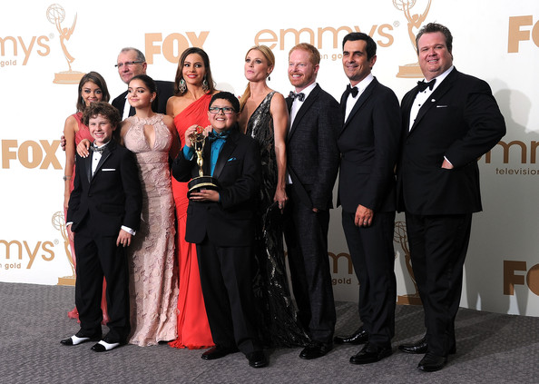 (L-R) Sarah Hyland, Nolan Gould, Ariel Winter, Ed O'Neill, Sofía Vergara, Rico Rodriguez, Julie Bowen, Jesse Tyler Ferguson, Ty Burrell and Eric Stonestreet of 'Modern Family' pose  in the press room after winning Outstanding Comedy Series during the 63rd Annual Primetime Emmy Awards held at Nokia Theatre L.A. LIVE on September 18, 2011 in Los Angeles, California.