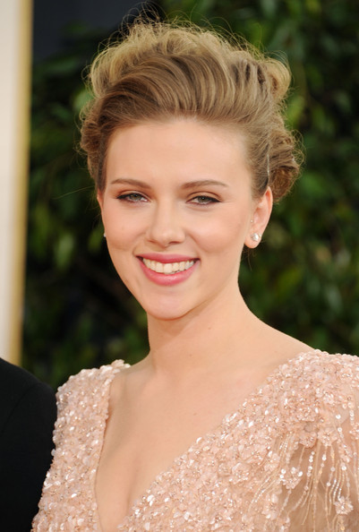 Actress Scarlett Johansson arrives at the 68th Annual Golden Globe Awards held at The Beverly Hilton hotel on January 16, 2011 in Beverly Hills, California.