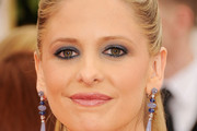 Actress Sarah Michelle Gellar arrives at the 69th Annual Golden Globe Awards held at the Beverly Hilton Hotel on January 15, 2012 in Beverly Hills, California.