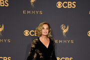 Jessica Lange arrives for the 69th Emmy Awards at the Microsoft Theatre on September 17, 2017 in Los Angeles, California. / AFP PHOTO / Mark RALSTON