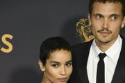 Zoe Kravitz and boyfriend Karl Glusman arrive for the 69th Emmy Awards at the Microsoft Theatre on September 17, 2017 in Los Angeles, California. / AFP PHOTO / Mark RALSTON