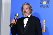 Cecil B. DeMille Award winner Jeff Bridges poses in the press room during the 76th Annual Golden Globe Awards at The Beverly Hilton Hotel on January 6, 2019 in Beverly Hills, California.