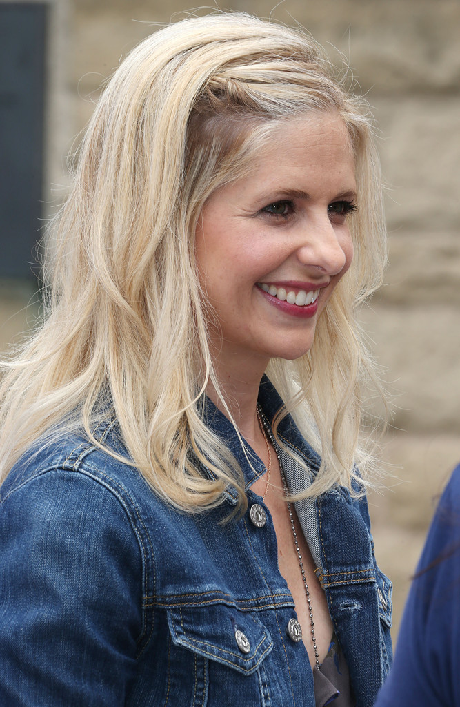 Summer Hair Inspiration: Sarah Michelle Gellar's Braided-Back Bangs