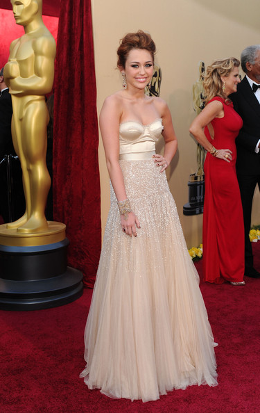 Miley+Cyrus in 82nd Annual Academy Awards - Arrivals