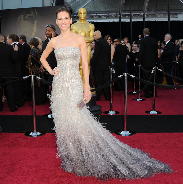 Actress Hilary Swank arrives at the 83rd Annual Academy Awards held at the Kodak Theatre on February 27, 2011 in Hollywood, California.