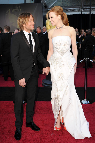 Singer Keith Urban (L) and actress Nicole Kidman arrives at the 83rd Annual Academy Awards held at the Kodak Theatre on February 27, 2011 in Hollywood, California.