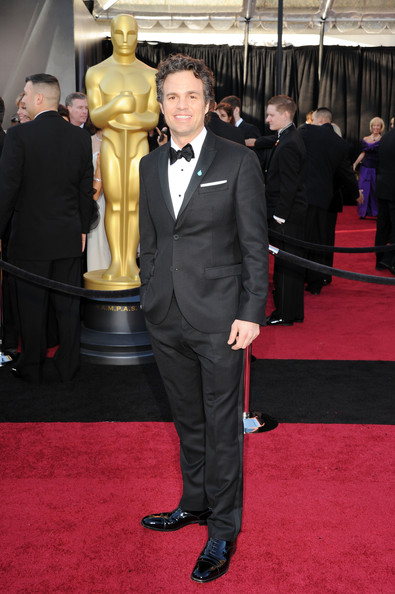 Actor Mark Ruffalo arrives at the 83rd Annual Academy Awards held at the Kodak Theatre on February 27, 2011 in Hollywood, California.