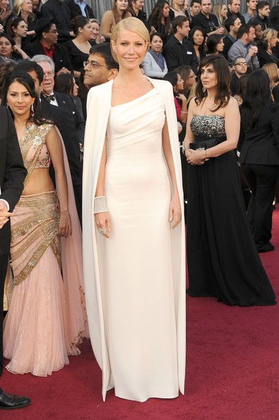 Actress Gwyneth Paltrow arrives at the 84th Annual Academy Awards held at the Hollywood & Highland Center on February 26, 2012 in Hollywood, California.