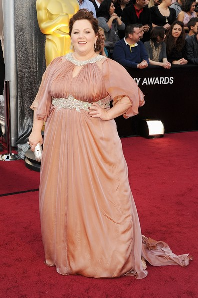 Actress Melissa McCarthy arrives at the 84th Annual Academy Awards held at the Hollywood & Highland Center on February 26, 2012 in Hollywood, California.