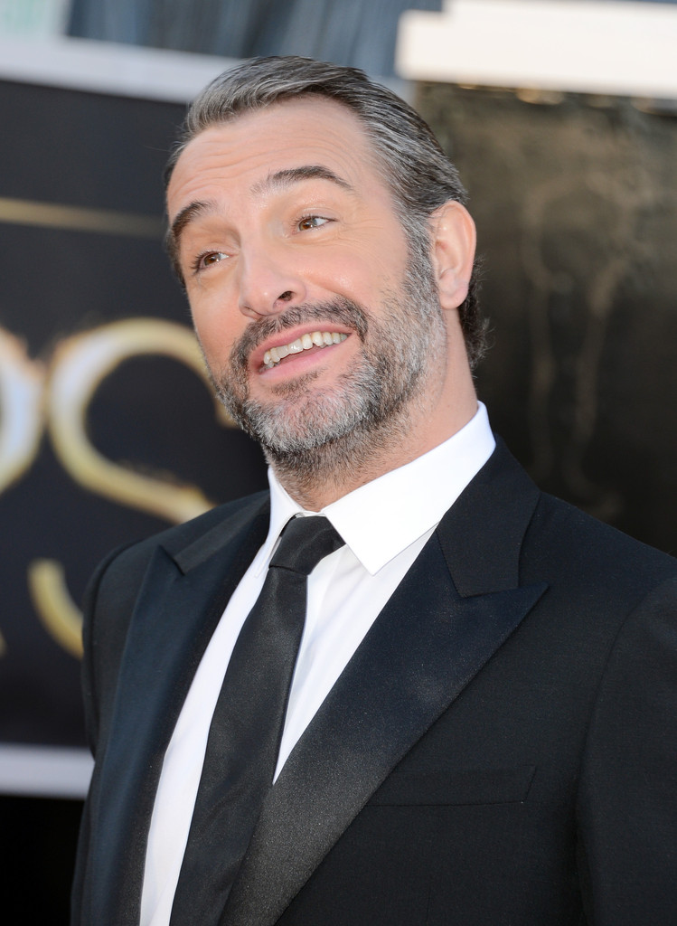 Jean dujardin photos photos red carpet arrivals at the for Dujardin weinstein
