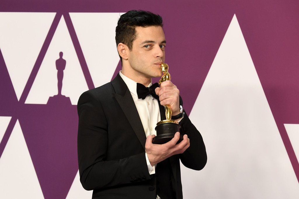 Rami Malek Reportedly Fell Off Stage After His Best Actor Win At The Oscars