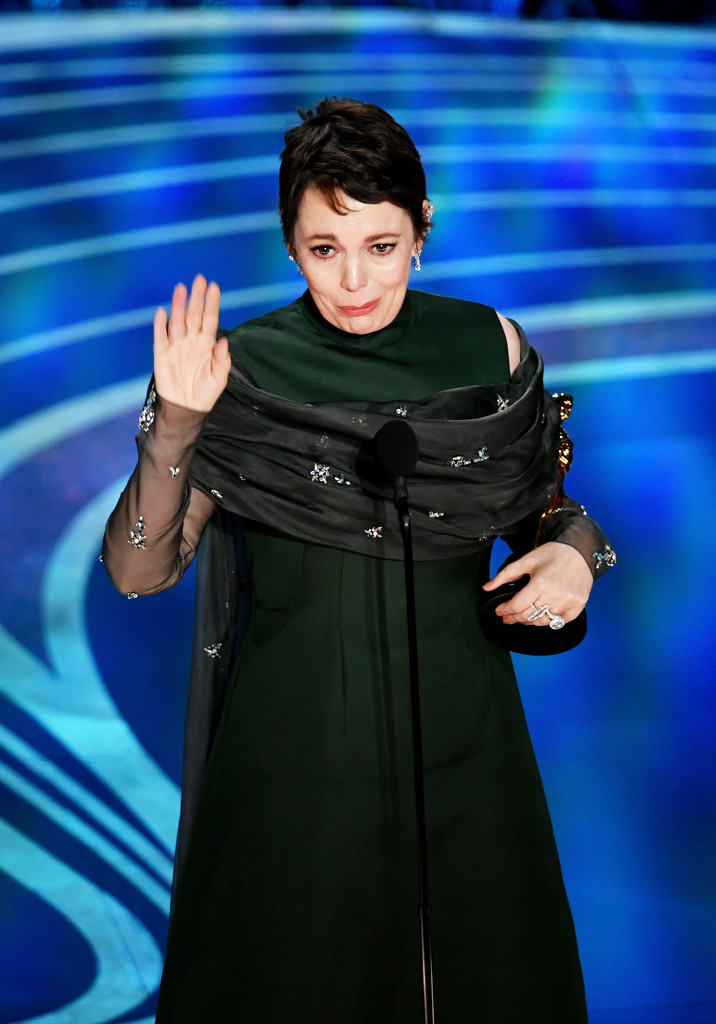 "Olivia Colman Wins Best Actress, Tells Glenn Close ""This Is Not How I Wanted It To Be"""