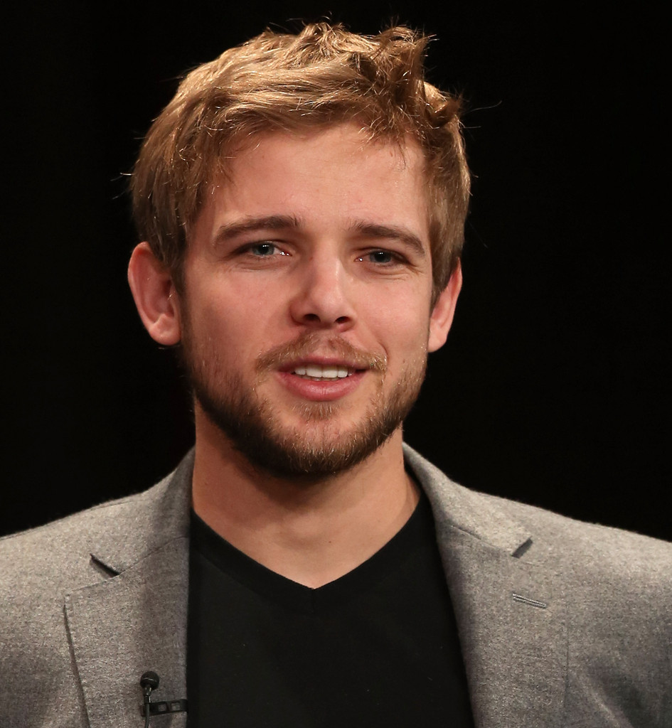 max thieriot wedding