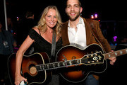 (L-R)  Deana Carter and Carlton Anderson attend ACM Lifting Lives®: Decades on April 06, 2019 in Las Vegas, Nevada.